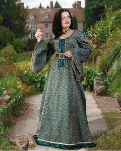 Women's Medieval Garb