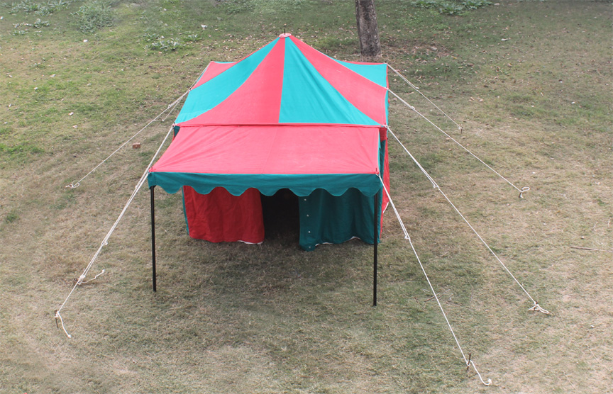 Utilizing a single center pole and wall poles around the perimiter the Marquee tent is a durable and time-tested structure with plenty of room for ... & Square Marquee Tent | GarbGeek