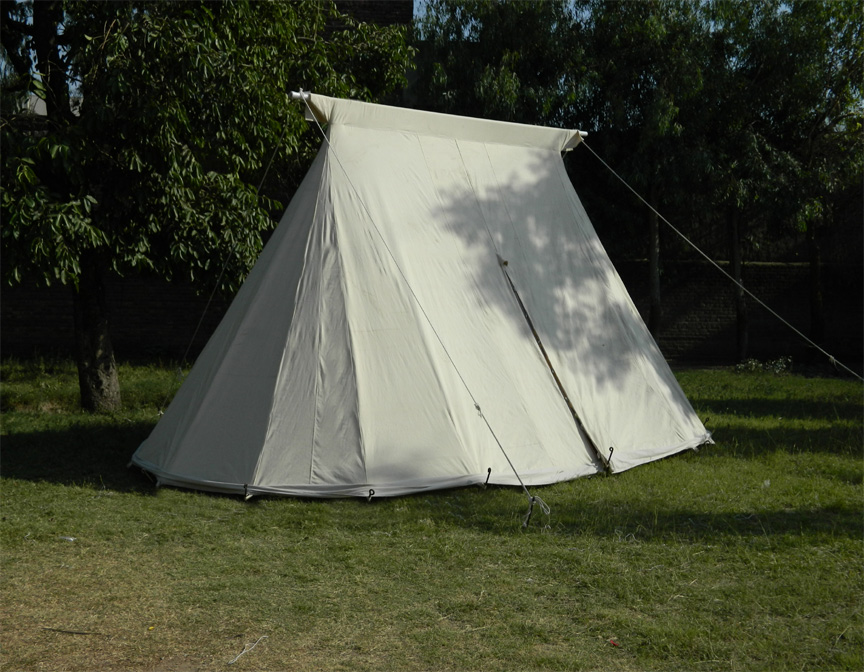 Belled ends allow for considerable floor space in even the small version of the Geteld Tent. & Saxon Geteld | GarbGeek